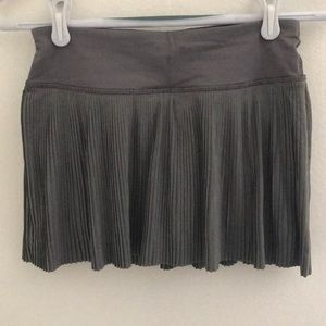 Lululemon Grey skirt